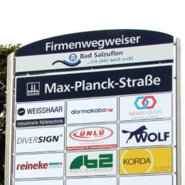 Firmenwegweiser in Bad Salzuflen, Gewerbegebiet Max-Planck-Str./ Sylbacher erneuert!