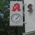 Sparenburg Apotheke - Uhrenanlage