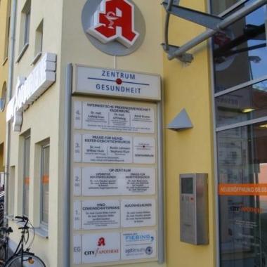 Zentrum Gesundheit - Objektbeschilderung